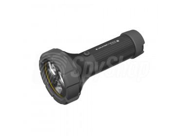 LED svítilna Ledlenser P18R Work s dosahem až 720 m